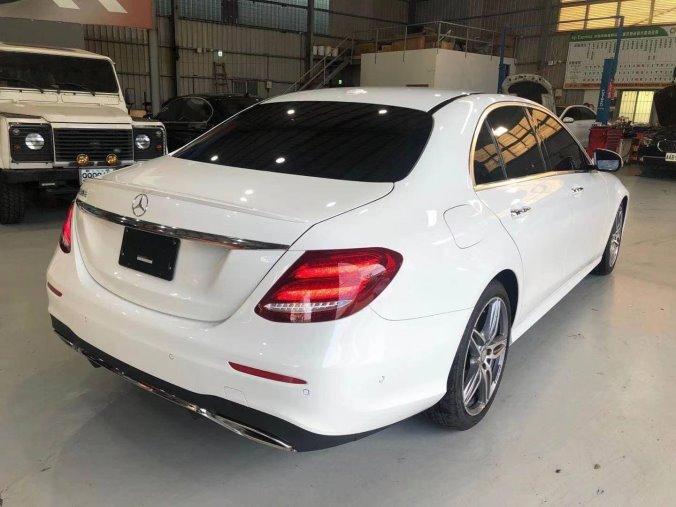 =2018年 BENZ E300 AMG 白-里程5萬4-售價168萬